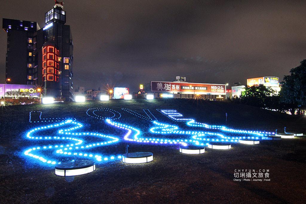 20191206025819_12 高雄 高雄追光季LOVE中央公園,聲光影互動打造全台之最聖誕樹