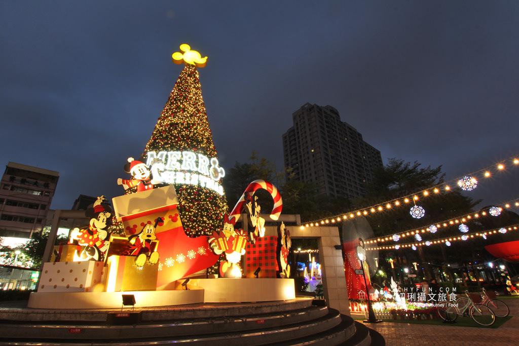 20191211230649_45 高雄|漢神巨蛋迪士尼米奇樂園,超大米奇熱氣球共度週年慶