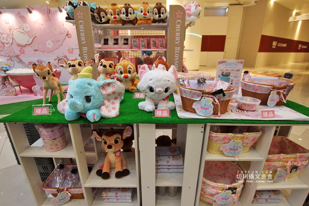20200401234427_68 高雄 草衙道迪士尼櫻花季期間限定店,超粉嫩色彩與超可愛小物好拍又好買
