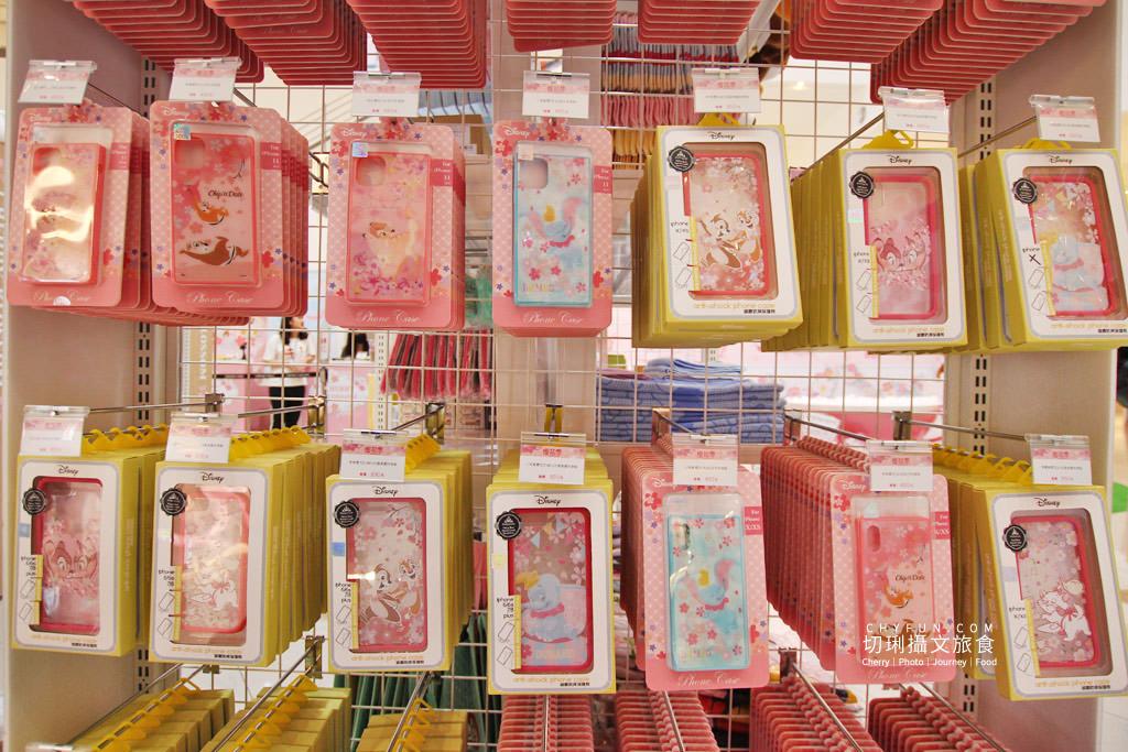 20200401234442_96 高雄 草衙道迪士尼櫻花季期間限定店,超粉嫩色彩與超可愛小物好拍又好買